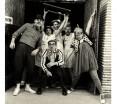 Fin 2014, les comédiens posent pour la traditionnelle photo des voeux ©Philippe Gigot